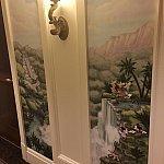 廊下もかわいい絵です
