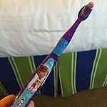 歯ブラシはアメニティにないので注意。下の売店で買った歯ブラシ。笑