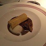 前菜はトリュフと半熟タマゴ、チーズを添えて。これが一番美味しかった!