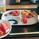 朝食は和食レストランと洋食レストランがあり、好きな方へ行けます。洋食は激混みだったため、和食にしました。