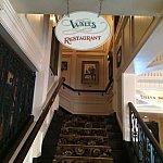 ウォルツ:アメリカン・レストラン