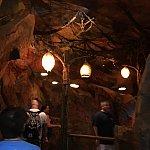 この洞窟はFPでも見ることができます