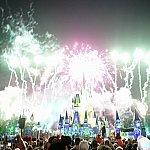 3Dマッピングだけではなく、花火や他の特殊効果も素晴らしかったです。