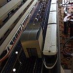ホテル内を走るモノレール