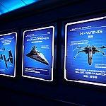 スタンバイ列には、Xウィングやスターデストロイヤーのパネルも。
