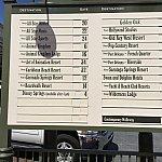 翌日のマジックキングダムにて。バス停の場所を確認して向かったら…、
