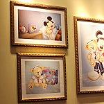 入って左手の壁にかわいい絵が飾ってありました。