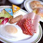 ハイピリオン・ラウンジで朝食を…