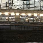 サニーベイ駅。東涌駅から来た場合は階段を渡り、反対側のホームへ