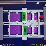 これが上海浦東国際空港のフロアマップ。第1ターミナルと第2ターミナルの中間にリニアと地下鉄の駅があります。