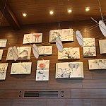 壁に掛けられているものも、どことなくエクスプローラーのテーマと合っています。