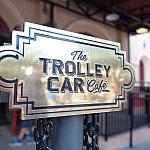 トロリーカー・カフェの看板