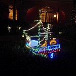 客室から見えた海賊船です。