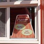 ポップコーンの味は2種類。Dill Pickleの正体はピクルス味でした!