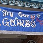 ガンボ推しのバナーが飾られています。さすがニューオーリンズです。