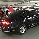 東浦空港の駐車場にてこの車に乗ります。