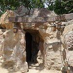 デッド・マンズ・チェストの洞窟