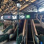 ディズニー駅(迪士尼)に到着。駅もクラシカルでカッコいい!