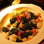 ツリーのような温野菜。野菜ももりもり食べれます!