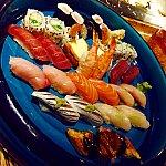 こちらは$90の寿司盛り合わせ。2人で注文して満腹になりました。