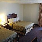 部屋はスタンダードな2ベッドルーム。なかなか広いです。