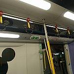 サニーベイ~ディズニーランド駅のみこのリゾートラインの車輌です。