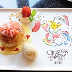 サンタの格好をしたドナルドが可愛い一皿☆