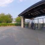 途中に南門ゲートがありました。ここは関係者専用ゲートとのことで出入り禁止とのことでした。