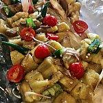 焼き茄子とオクラのマリネ☆ 茗荷と生姜のドレッシング焼き茄子がトロトロで、ドレッシングがよく絡まっていました!