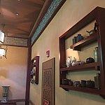 店内の装飾、調度品も凝っています。