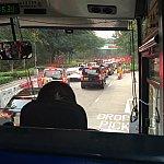 交通渋滞してまして、マラソンに参加するゲストは、途中でタクシー降りてました!