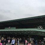 ディズニー駅に到着!駅からパークまではすぐです