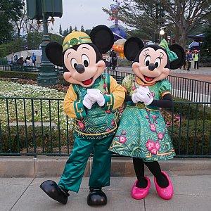 ミッキーとミニーの衣装のバランスが合ってて二人ともかわいい😆💕
