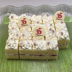 ショートケーキ。