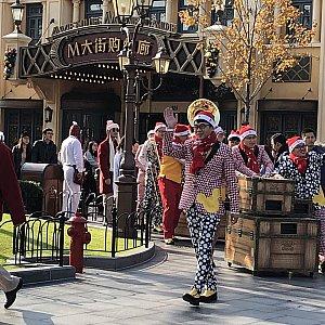 ①Happy Holidays,Mickey