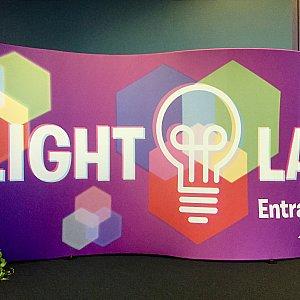 Light LabはフューチャーワールドのClub Coolの裏。建物の中にあります。