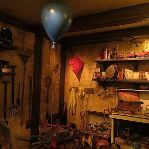 クリストファーロビンの家の納屋。イギリスの田舎町でよくみる風景。