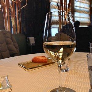 MiraCosta Trio の白ワイン