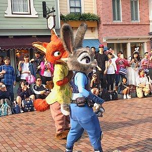 ニックとジュディ♪ ニックが左でジュディが右にいました!