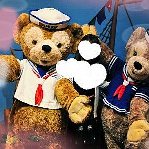 一緒にお写真とりました。熊たちは旧フェイスだそうですね。