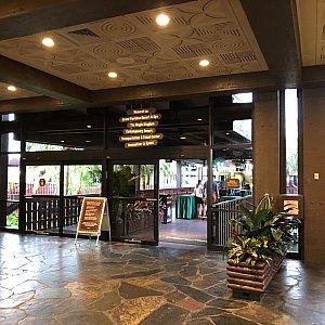 ホテルからモノレールに乗ってマジックキングダムへ向かえるので、朝食後パークへ直行するのが楽でいいです。