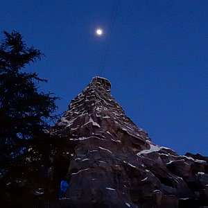 月夜のマッターホルン