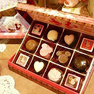 個人的にアソーテッド・チョコレートがお気に入り! 可愛い10種類のチョコの詰め合わせで1100円! 毎回違った味が楽しめそう!