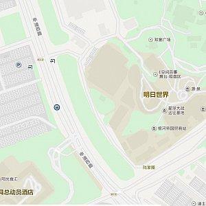 申迪北路を真っすぐ進むと申迪西路になります。一本道ですが途中で道の名前が変わります。