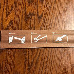 割り箸の紙の裏には説明が書いてあります!
