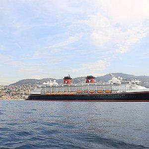 ひたすら船の写真が続きます。マニアックな内容をお楽しみください。