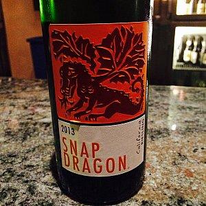 SNAP DRAGONのラベル。できるものならボトルで購入したいくらいに気に入ってます。