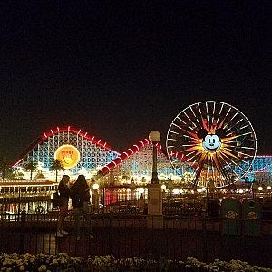 夜に乗ると景色がきれいでした!