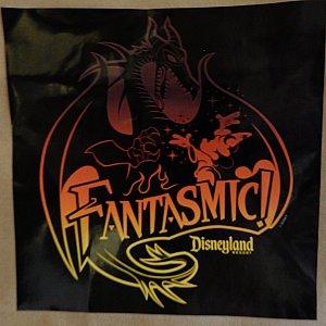 紙袋に貼ってあったファンタズミック!ステッカー✨ 素敵なので、そーっとはがして頂いてきました😄