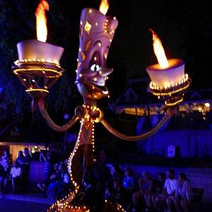 ルミエールのろうそくの火はちゃんと燃えてます!